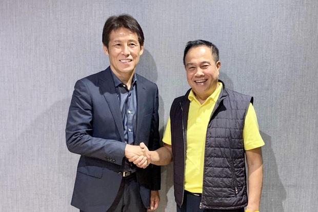 Bóng đá Thái Lan sắp đến ngày phán quyết, vừa ký mới vừa lo HLV Nhật Bản bị sa thải - Ảnh 1.