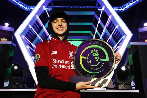 Đẳng cấp như Rashford nhà MU, biết game thủ FIFA 20 là fan cứng Liverpool là hẹn quyết đấu luôn! - Ảnh 2.