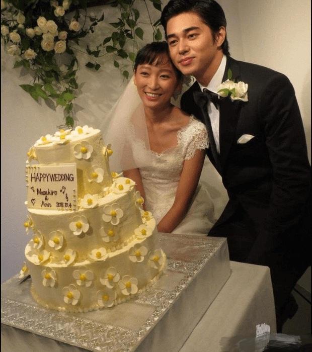 Showbiz Nhật chao đảo với tin con gái tài tử Ken Watanabe li thân, chồng trẻ ngoại tình với tiểu tam vị thành niên - Ảnh 3.