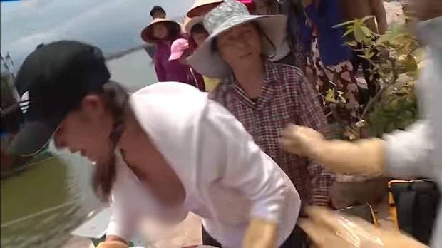 Nguyên Khang đọc nhầm Quán quân, Trấn Thành bị tát... là loạt sự cố để đời của TV Show Việt năm 2019 - Ảnh 3.
