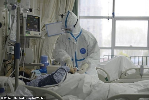 Bệnh nhân đầu tiên mắc virus corona ở Vũ Hán hồi phục, chia sẻ cảm nhận về những ngày nằm trong phòng điều trị tích cực - Ảnh 2.