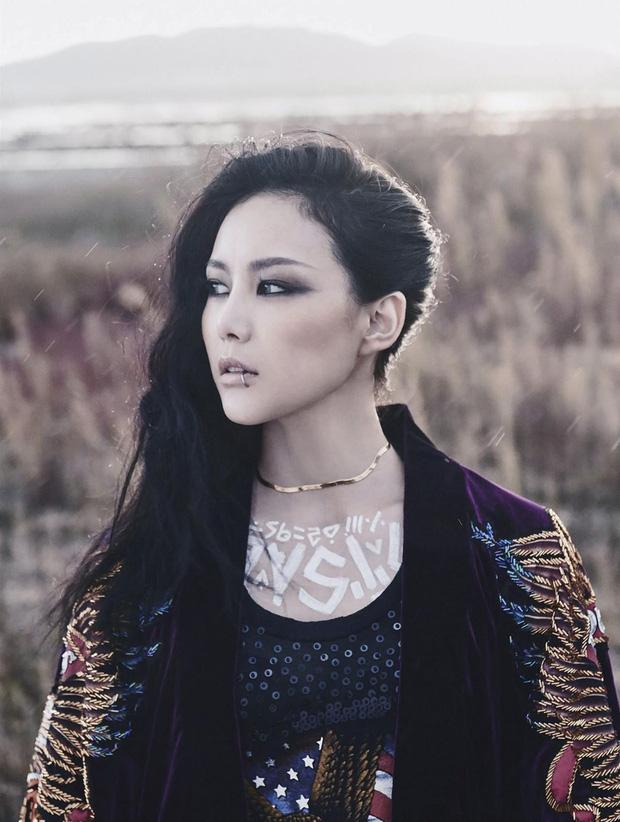 Idol sở hữu nhiều bản quyền bài hát nhất: BTS chỉ có RM lọt top 10, ông hoàng Kpop đứng đầu với kỉ lục 173 ca khúc - Ảnh 1.