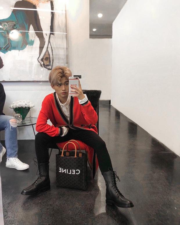 Đu Black Pink sang chảnh như rich kid Việt: Chi cả trăm triệu diện áo đôi, theo chân idol vào hẳn Fashion week - Ảnh 1.