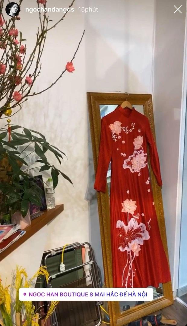 Dàn Hoa hậu Vbiz tất bật chuẩn bị đón năm mới chiều 29 Tết: HHen Niê, Tiểu Vy giản dị, Khánh Vân hé lộ không gian sống - Ảnh 5.