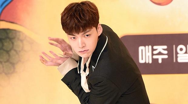 Năm đại hạn của Kpop khiến loạt show thực tế vạ lây: Edit sấp mặt, rút khỏi dàn cast vì bê bối, khai tử vĩnh viễn - Ảnh 12.