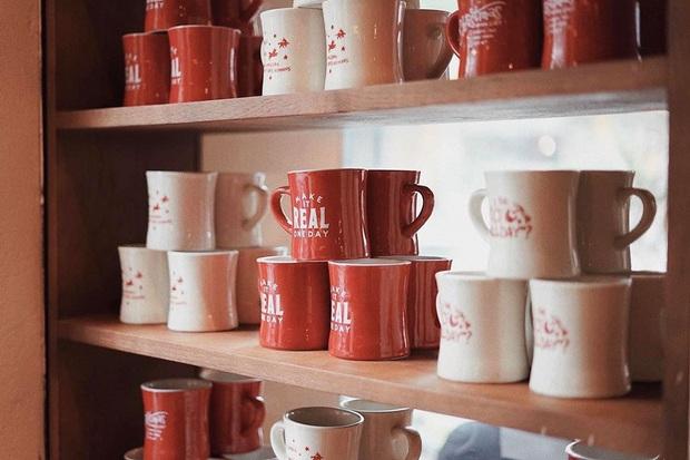 Nhất các bạn Hà Nội: sát Tết thì có luôn quán cafe mới toanh vừa xinh lại còn mở xuyên Tết, tha hồ rủ nhau đu đưa - Ảnh 6.