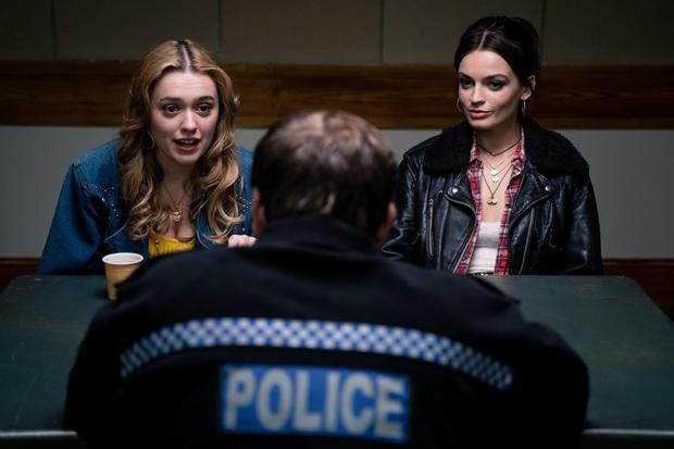 Khai thác trần trụi chuyện tấn công tình dục trên xe buýt, Sex Education phần 2 ghi điểm với tập phim chân thực và sâu sắc hiếm thấy ở phim truyền hình  - Ảnh 5.