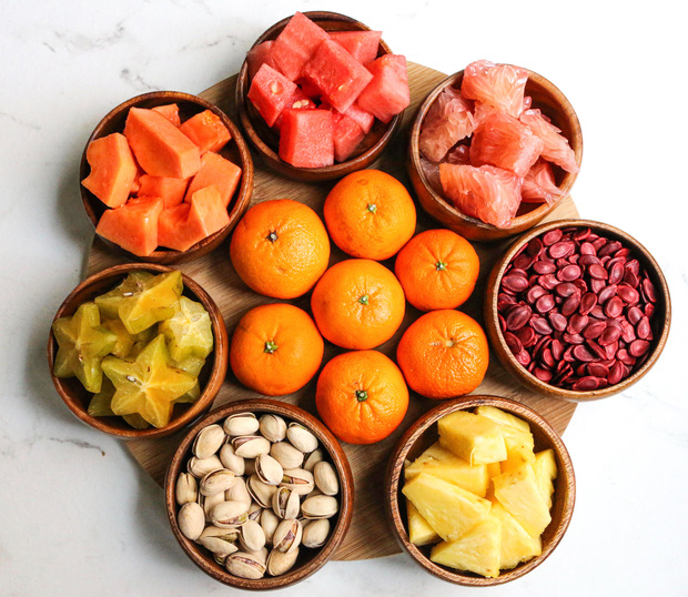 Chuyên gia tư vấn dinh dưỡng Emma Phạm gợi ý 10 mâm hoa quả, bánh kẹo ăn Tết vừa healthy vừa bổ dưỡng - Ảnh 6.