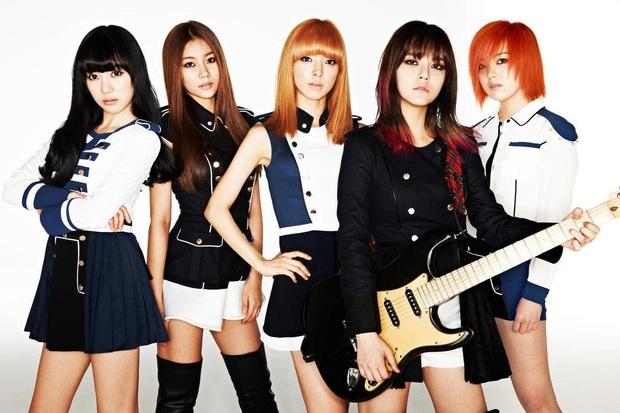 13 nhóm nhỏ xuất sắc của Kpop: 2 nhóm có MV trên 100 triệu lượt xem, nhóm tan rã vì doanh số thấp và hẹn hò với nhau - Ảnh 25.