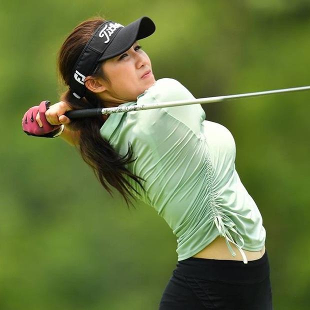 Chiêm ngưỡng nhan sắc hút hồn của nữ golf thủ quyến rũ nhất thế giới: Body chuẩn như người mẫu, một giây lên hình cũng khiến fan náo loạn - Ảnh 4.