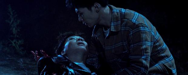 Chị Mười Ba tung trailer cực căng sáng mùng 1: Kẽm Gai vừa hôn Châu Bùi hai phát đã hoá hũ cốt trên tay trùm Kiều Minh Tuấn - Ảnh 6.