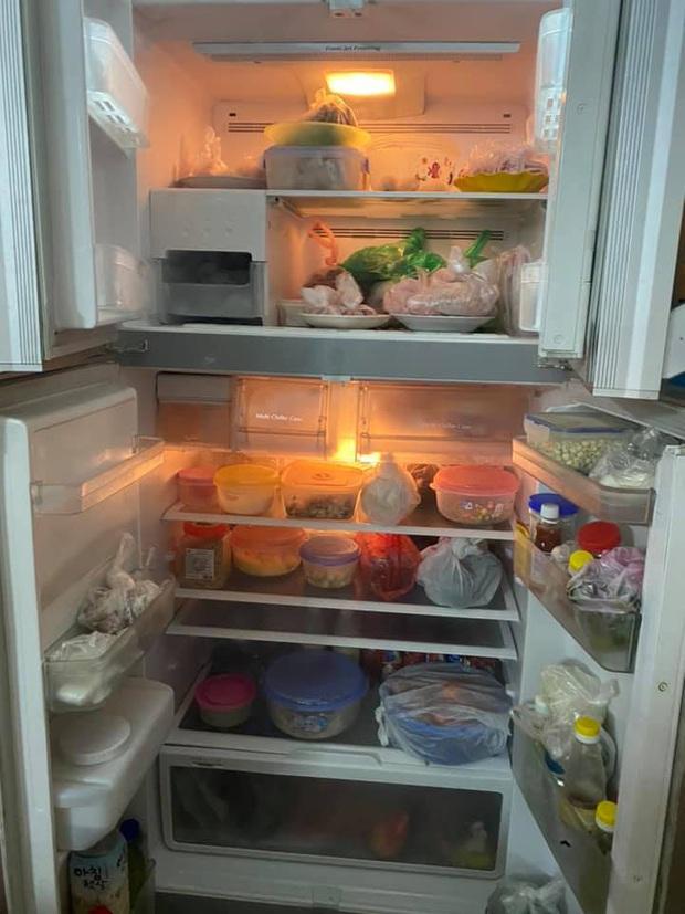 Khoe tủ lạnh ngày Tết nhà chúng mày đi nào: chỉ chờ có thế là hàng trăm chiếc tủ lạnh chật cứng được show ra! - Ảnh 11.