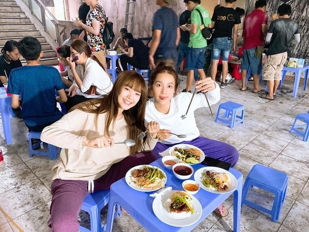 Sao Việt trước thềm giao thừa 2020: Người canh bánh chưng, người hết tất bật chạy show lại đón Tết bên trời Tây - Ảnh 9.