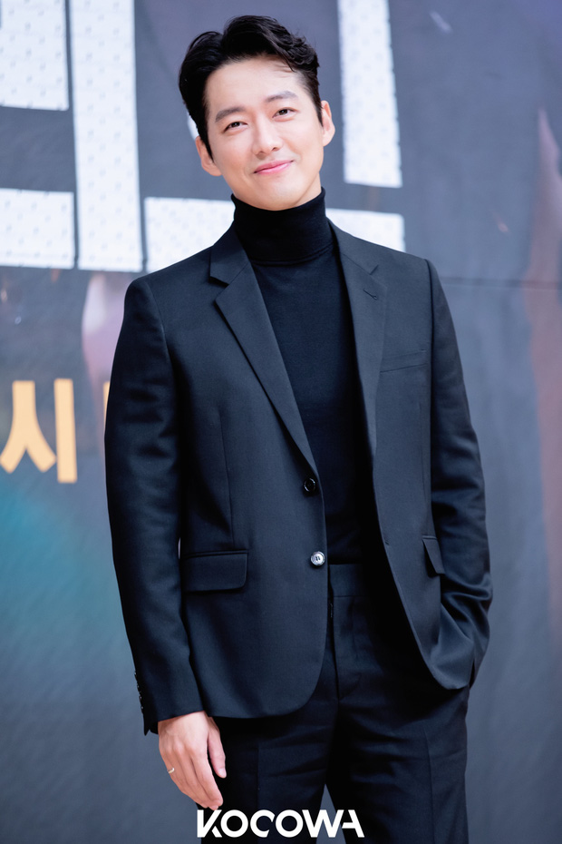 30 diễn viên Hàn hot nhất hiện nay: Hyun Bin - Son Ye Jin dắt tay nhau cùng xưng vương, mỹ nam bún bò Ahn Hyo Seop xếp trên loạt diễn viên nổi tiếng - Ảnh 4.
