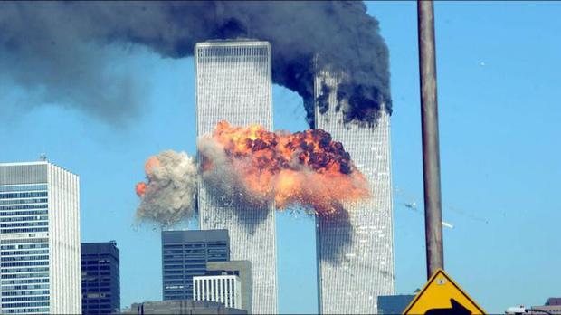 Bức xúc vì album mới ra bị Pitchfork cho điểm thấp, Halsey lại dính phốt vạ miệng, gợi kí ức đau thương về vụ khủng bố 11/9! - Ảnh 3.