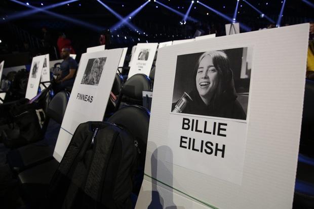 Taylor Swift ngồi cạnh BTS ở vị trí đẹp, Ariana Grande lại bị thất sủng tại Grammy 2020 khi nhìn vào sơ đồ vị trí chỗ ngồi? - Ảnh 5.
