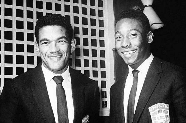 Garrincha: Thiên tài chân cong được sùng bái hơn cả Vua bóng đá Pele đã tự giết mình bằng men rượu như thế nào? - Ảnh 3.