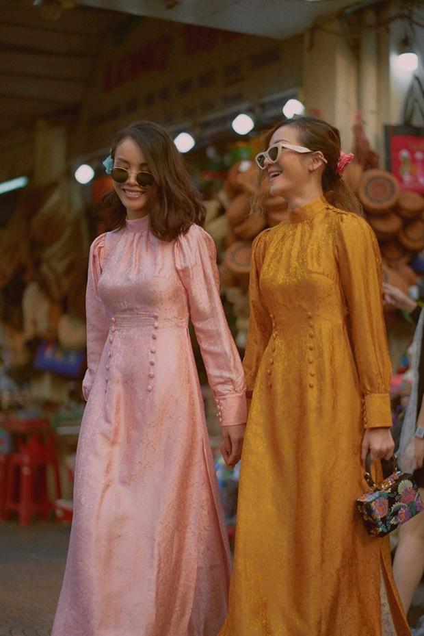 Cùng với các người đẹp Việt, dàn hậu cung VTV cũng khoe sắc trong những tà áo dài duyên dáng đón Xuân về - Ảnh 17.