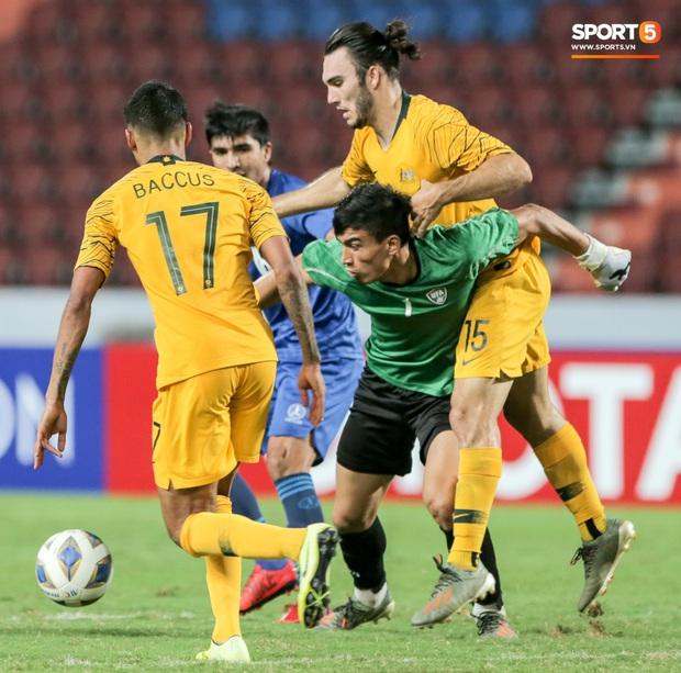 Tuột HCĐ U23 châu Á 2020, đương kim vô địch Uzbekistan càng đau đớn khi đã mất luôn tấm vé cuối cùng đến ngày hội thể thao lớn nhất hành tinh - Ảnh 9.