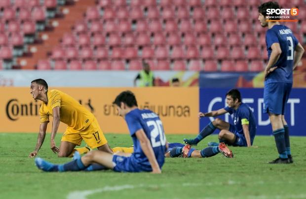 Tuột HCĐ U23 châu Á 2020, đương kim vô địch Uzbekistan càng đau đớn khi đã mất luôn tấm vé cuối cùng đến ngày hội thể thao lớn nhất hành tinh - Ảnh 1.