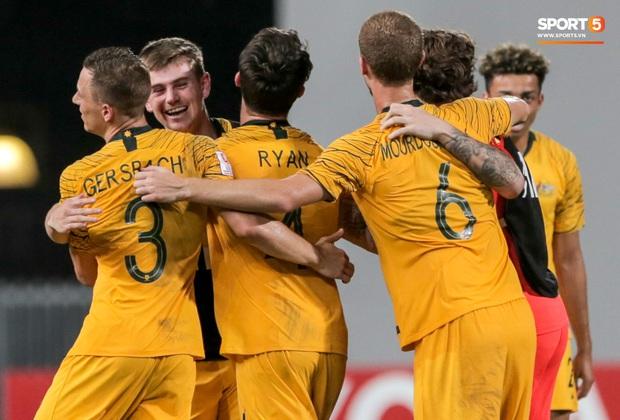 Thầy cũ của Ronaldo ăn mừng phấn khích khi giúp U23 Australia giành vé cuối cùng của châu Á tham dự Olympic - Ảnh 10.