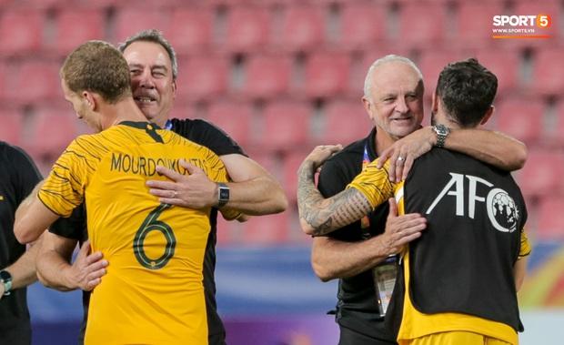 Thầy cũ của Ronaldo ăn mừng phấn khích khi giúp U23 Australia giành vé cuối cùng của châu Á tham dự Olympic - Ảnh 5.