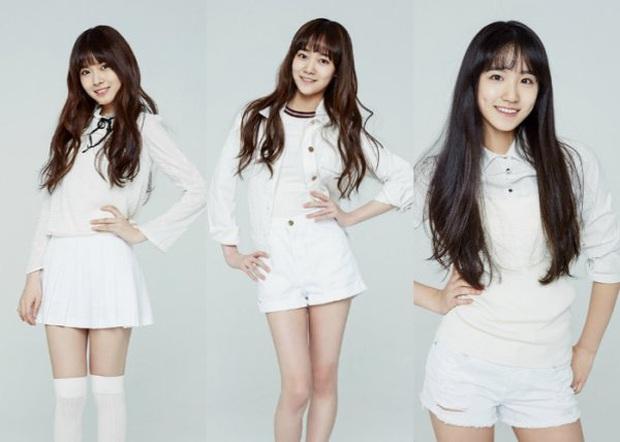 5 girlgroup ra mắt 2020: Gà SM giấu kĩ đội hình, nhóm tái cấu trúc hậu debut thất bại, em gái MAMAMOO tiềm năng với nhiều màn cover ấn tượng - Ảnh 1.