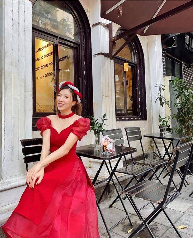 Sao Vbiz đồng loạt chọn Áo dài xuống phố mùng 1: Cả năm áo váy hàng hiệu rồi, cứ Tết về với truyền thống là chuẩn nhất! - Ảnh 13.