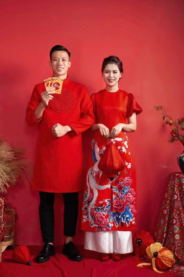 Khi các nàng WAGs nổi tiếng tuyển Việt Nam ăn diện đón Tết: Yến Xuân mặc váy khoe trọn vẻ đẹp body, Quỳnh Anh giản dị ngày Hà Nội trở lạnh - Ảnh 9.