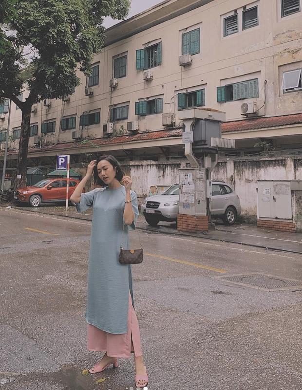 Diệu Nhi xúng xính áo dài đi chơi Tết tại Hà Nội, còn lộ ảnh tình cảm bên Anh Tú ngày đầu năm  - Ảnh 2.