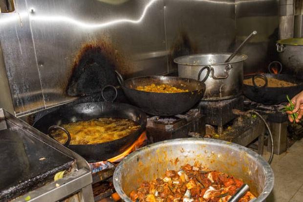 Một người bị bệnh, cả nhà bị lây: 3 việc cần làm trong bữa ăn ngày Tết để ngăn ngừa nhiễm trùng ung thư dạ dày - Ảnh 4.
