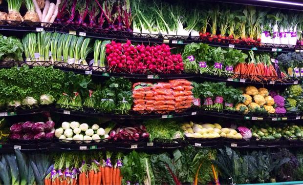 Rau xanh ngày Tết, loại nào dễ ăn, giá rẻ, giàu dinh dưỡng mà còn hỗ trợ giảm cân? - Ảnh 1.