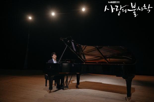 3 điều lãng mạn gây gato cực mạnh ở Crash Landing on You: Gặp Son Ye Jin là định mệnh tuyệt nhất đời Hyun Bin - Ảnh 5.