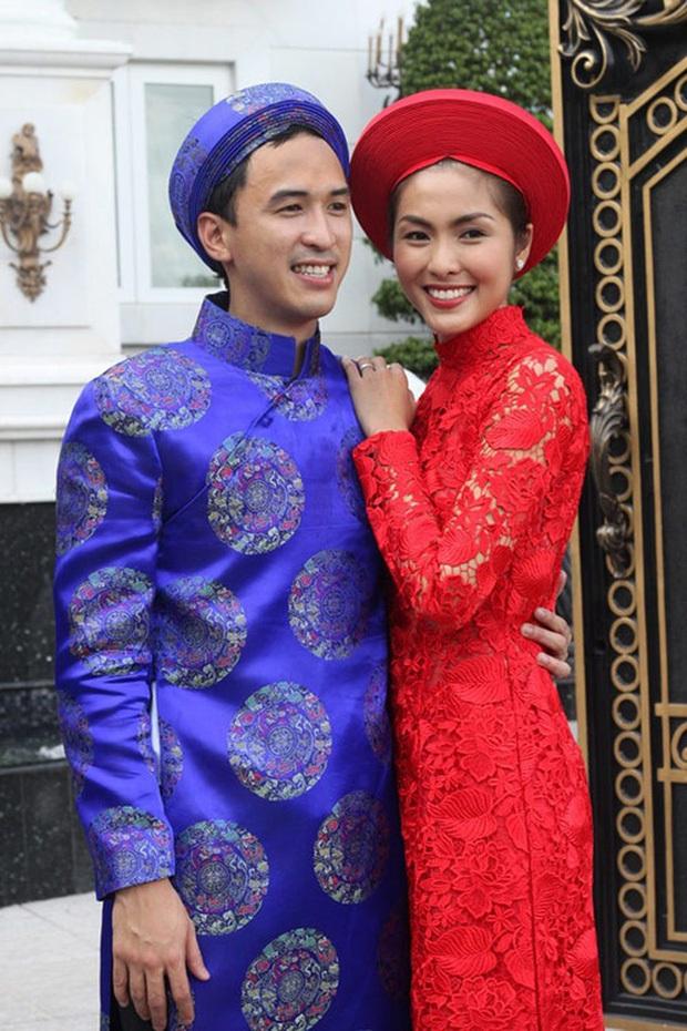 Sau tất cả, Louis Nguyễn cũng diện áo dài mới đón Tết chứ không trưng dụng bộ cũ như mấy năm trước nữa rồi! - Ảnh 1.