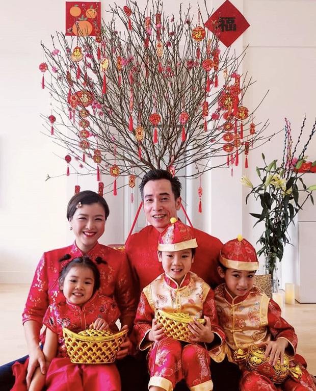 Dàn sao Cbiz nhuộm đỏ Weibo mùng 1: Trịnh Sảng gây sốt với ảnh khoe bố mẹ, Hồ Hạnh Nhi đưa 2 con về quê ăn Tết - Ảnh 10.