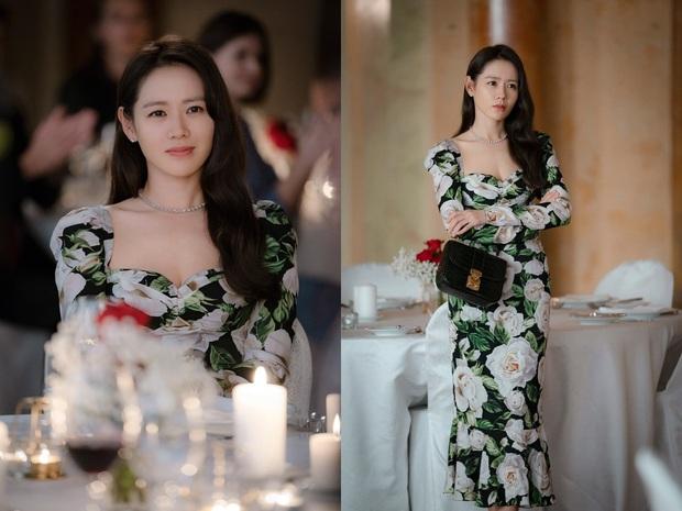 U40 Son Ye Jin vẫn trẻ đẹp quá chừng chính là nhờ loại máy dưỡng da đặc biệt mà cô dùng trong Crash Landing On You - Ảnh 1.