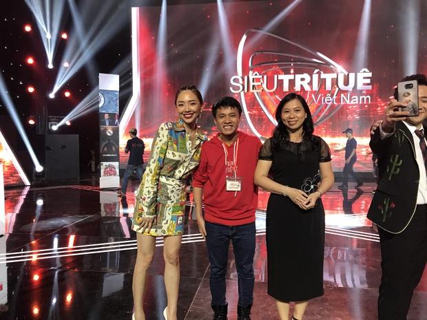 Gặp gỡ Giáo sư X Dương Anh Vũ (Siêu trí tuệ Việt Nam): Sụt 7kg từ khi tham gia chương trình, vợ sinh con đầu lòng khi tôi đang giữa trường quay - Ảnh 9.