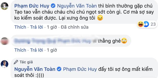 Mồng 1 Tết của cầu thủ tuổi Tý Nguyễn Văn Toàn: Ăn mì tôm ngấu nghiến như bị bỏ đói mấy ngày, bị Đức Huy doạ vào Facebook của bố troll lầy lội - Ảnh 5.