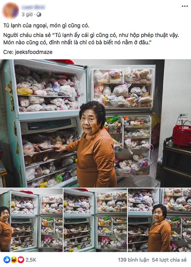 """Đầu năm, dân mạng phát... hãi trước tủ lạnh của Ngoại đầy ắp đồ ăn, túi lớn nhỏ chồng chất như tích trữ cho """"tận thế"""" - Ảnh 1."""