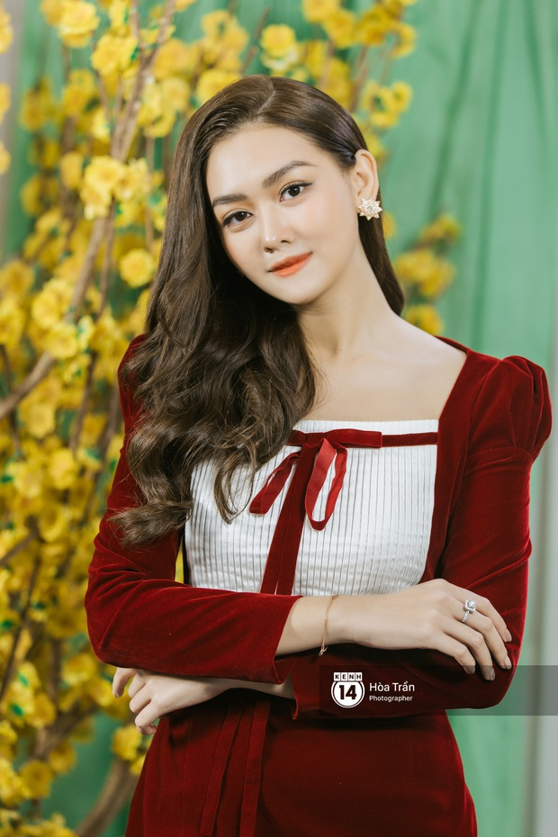 Mùng 3 Xuân Canh Tý, gặp Top 3 Miss World Việt Nam sau gần 1 năm đăng quang: Dù ở cương vị nào, Tết cũng phải trở về làm con gái nhỏ của gia đình! - Ảnh 8.
