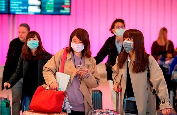 Nóng: Trung Quốc chính thức cấm người dân du lịch nước ngoài để ngăn chặn virus Vũ Hán lây lan - Ảnh 3.