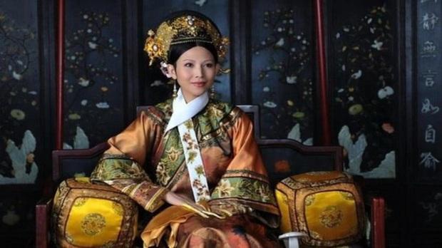 Hoàng hậu Ô Lạt Na Lạp thị duy nhất của triều Thanh: Khác hẳn trong Chân Hoàn truyện, lúc sống được vua Ung Chính sủng ái, chết vẫn muốn bên cạnh - Ảnh 1.