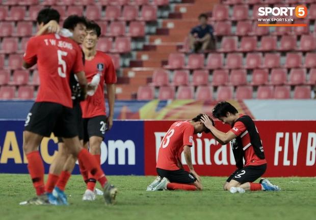 Dàn hot boy Hàn Quốc vỡ òa hạnh phúc khi nâng cao chiếc cúp vô địch U23 châu Á 2020 - Ảnh 2.