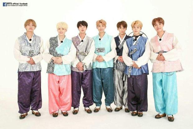 BTS lột xác khi diện hanbok trên show thực tế nhân dịp đầu năm mới - Ảnh 4.