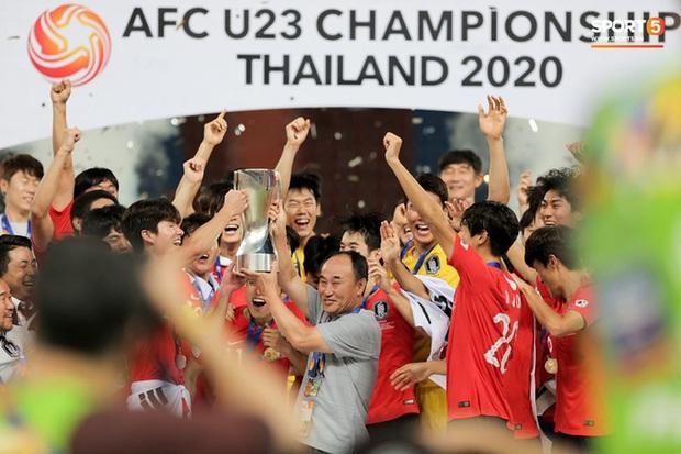 Dàn hot boy Hàn Quốc vỡ òa hạnh phúc khi nâng cao chiếc cúp vô địch U23 châu Á 2020 - Ảnh 5.