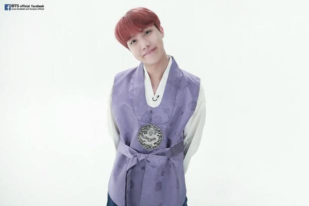BTS lột xác khi diện hanbok trên show thực tế nhân dịp đầu năm mới - Ảnh 8.