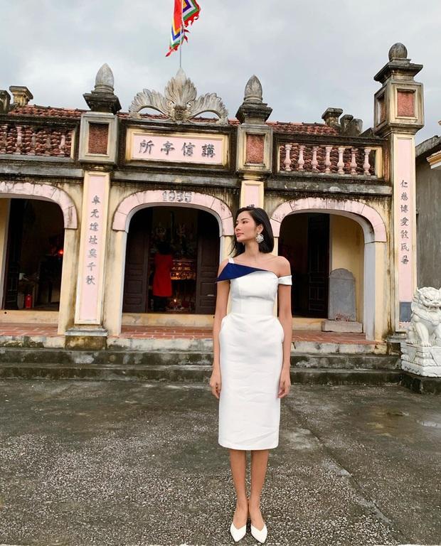 Giữa cơn lốc áo dài, nhiều sao Việt vẫn diện đồ đơn giản mà không kém phần rực rỡ - Ảnh 4.