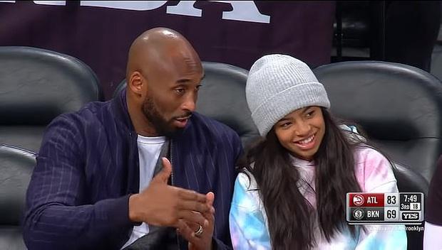 Nhói lòng trước clip ghi lại khoảnh khắc tình cảm của Kobe Bryant và con gái 13 tuổi Gianna, được quay ngay trước khi cả hai thiệt mạng thương tâm sau vụ rơi máy bay - Ảnh 1.