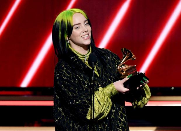 Billie Eilish vượt qua Adele lẫn Taylor Swift, là nữ nghệ sĩ trẻ tuổi nhất thắng 4 giải Big Four của Grammy nhưng phản ứng của Ariana Grande mới đáng chú ý - Ảnh 1.