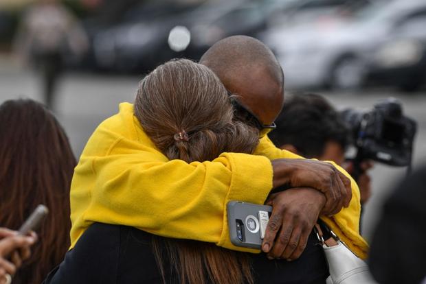 Cận cảnh hiện trường vụ tai nạn rơi máy bay khiến huyền thoại Kobe Bryant và con gái cùng 7 người khác tử nạn - Ảnh 9.